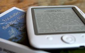 Az elektronikus könyv helytakarékos készülék