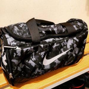Nike utazótáska