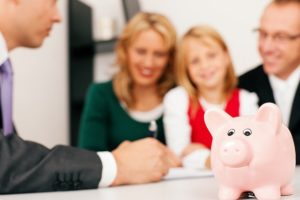 A pénzügyi tanácsadók fizetései 2016-ban